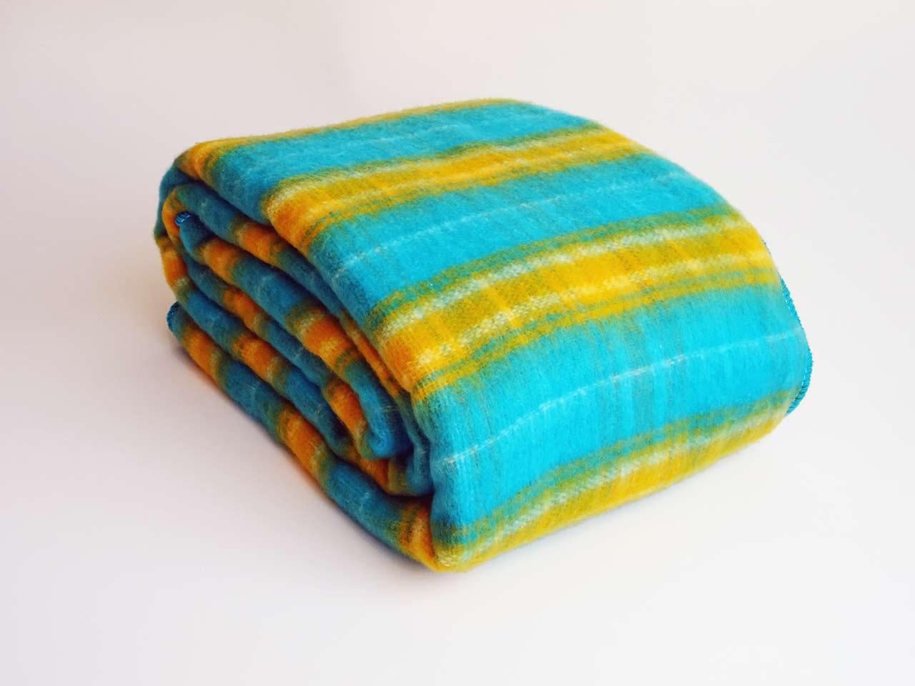 Cobija a cuadros tipo escocesa - turquesa / amarillo