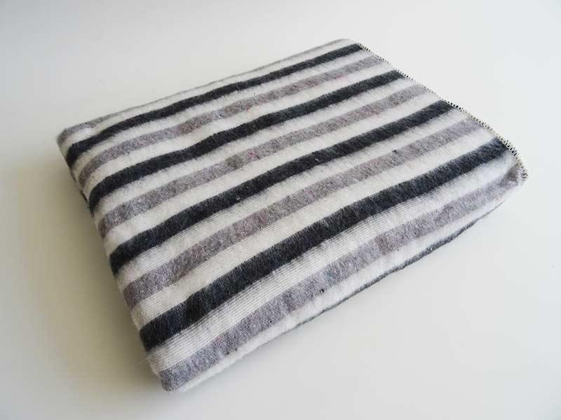 Hilana - Cobija Veraniega gris y negro
